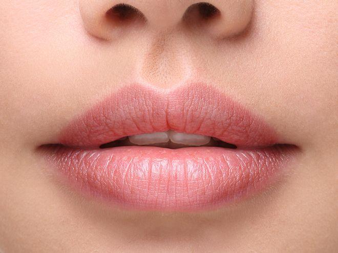 52187-juvederm_lips-jpg-660x0_q80_crop-scale_upscale