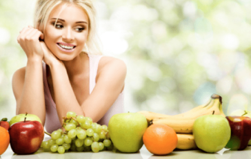 eating-fruits-for-healthy-skin