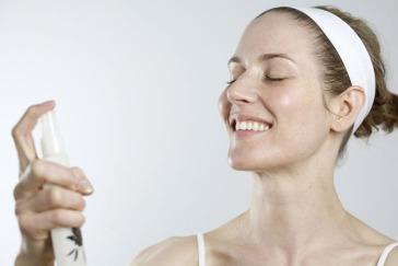 face-spray