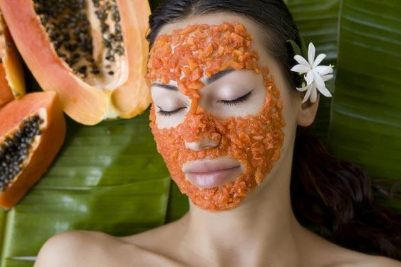 beautiful-caucasian-woman-having-fresh-papaya-natural-facial-mask-apply