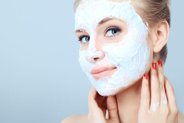 woman-face-mask